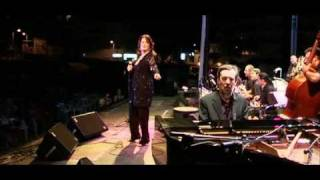 Watch Ann Hampton Callaway Spain video