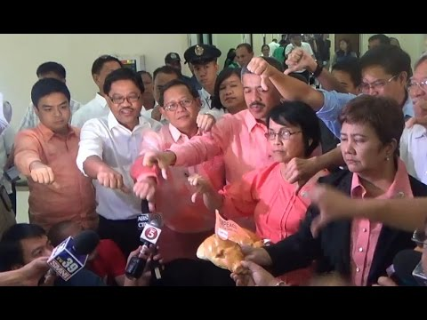 House junks impeach raps vs Aquino