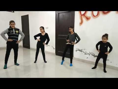 Diljit Kala mundeya...kids performing
