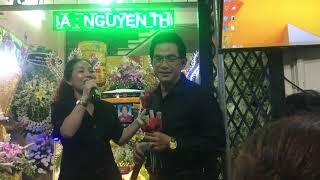 NS Ngân Tuấn - Hồng Yến hát đêm cuối chia buồn cùng gia đình NS Thoại Mỹ    Hàn Mạc Tử