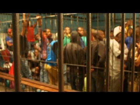 Inside South Africa's notorius Pollsmoor prison thumbnail