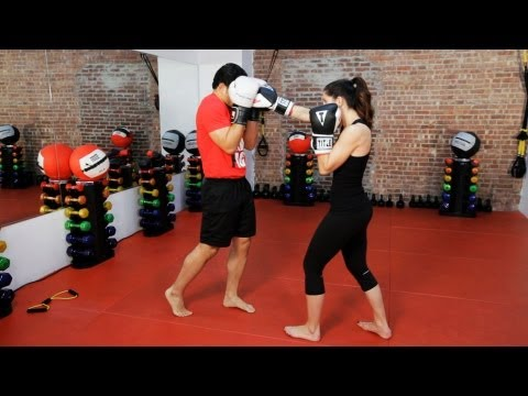 How to Defend against a Punch | Kickboxing Lessons Image 1