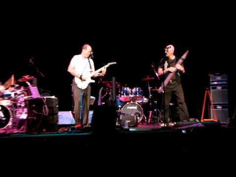 Adrian Belew, Tony Levin and Pat Mastelotto Knoxville, TN 9-21-11