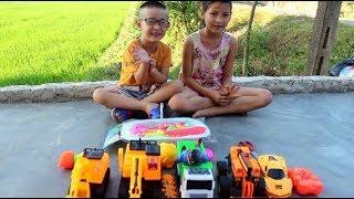 """Siêu nhí - Khám phá bộ đồ chơi """"Câu cá"""" Cùng Dàn xe siêu khủng! Đồ Chơi Trẻ Em"""