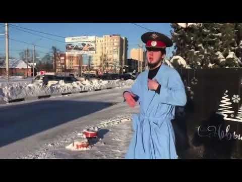 19-летний парень в полицейской фуражке прокатился по Иванову на крыше авто, за что и поплатился (видео)