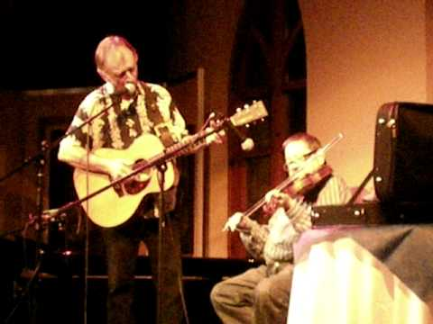 Dave Swarbrick and Martin Carthy - byker Hill - Rhosygilwen 2001