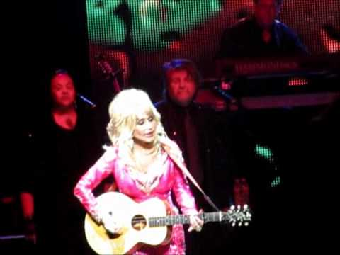 Dolly Parton - Jolene (Durham Performing Arts Center 8/2/11 NC) Better Day World Tour