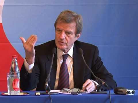 Kouchner rejette un échange entre Reiss et un détenu iranien