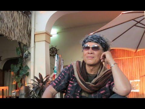 "LaHaut  ""Ambanilanitra"" -  Edgard Ravahatra- ""la route des époques"""