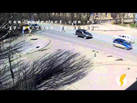 ДТП (сбит пешеход) пр. Ленина — ул. Комсомольская 17-04-2014 14.30
