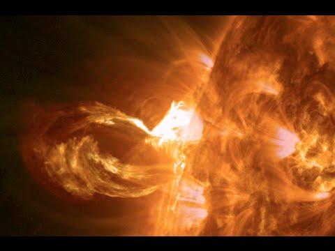 Beautiful Solar Eruption, Updates | S0 News May 9, 2015
