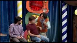 Güldür Güldür Show 53. Bölüm, Kızları Etkilemenin Yolları Skeci