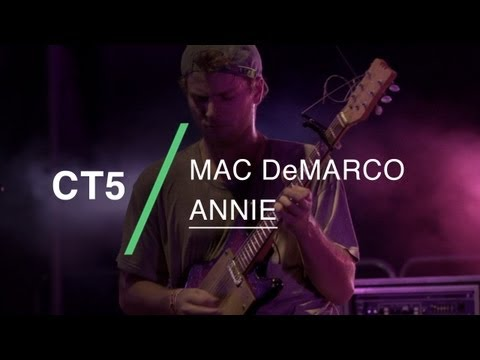Mac DeMarco performs