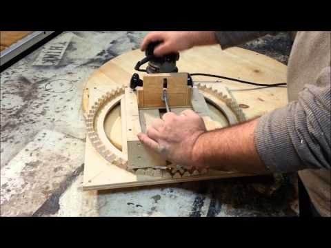 Router Jig - Cutting Spirals with Homemade Tool