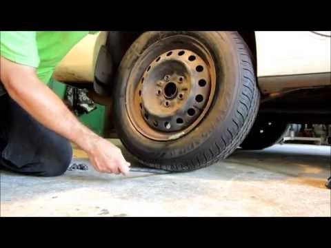 How to change your flat tire   Toyota Camry LE