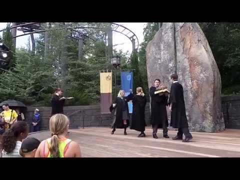 Harry Potter Frog Choir - Double Trouble (Universal Studios)