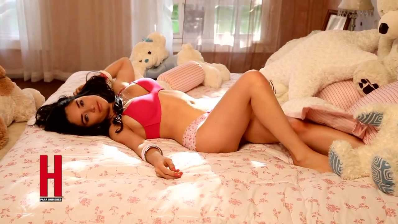 Wendy González, ya merece... portada de H - YouTube