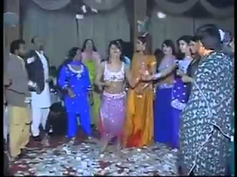 Hot Girl Dance In Dubai On Indian Song... video