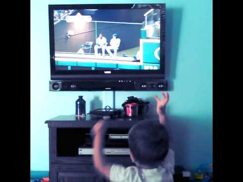 Lonnie Chisenhall Grand Slam - My son reacts