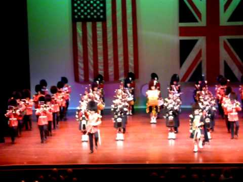 The Band of the Irish Guards and The Pipes, Drums and Highland Dancers of The Argyll and Sutherland Highlanders, 5th Battalion ------- The Royal Regiment of ...