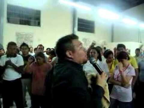 Abraham Perez -1ER CONGRESO JUVENIL EN IMPACTO DE FE Y PODER ABRIL DEL 2010