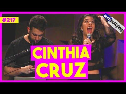 WEBBULLYING #217 - CINTHIA CRUZ, EX-CHIQUITITAS (São Paulo, SP) Vídeos de zueiras e brincadeiras: zuera, video clips, brincadeiras, pegadinhas, lançamentos, vídeos, sustos