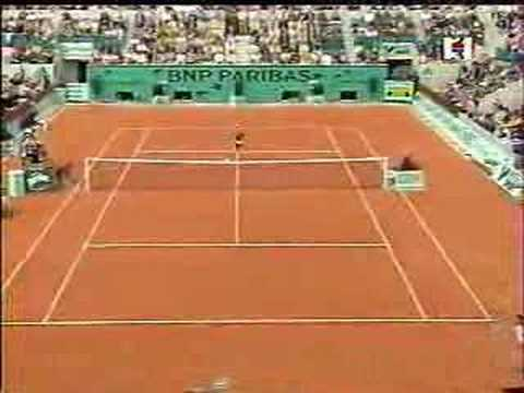 Most Amazing Tennis Shot Ever! (Pierce-Seles 2000 Roland Gar Video