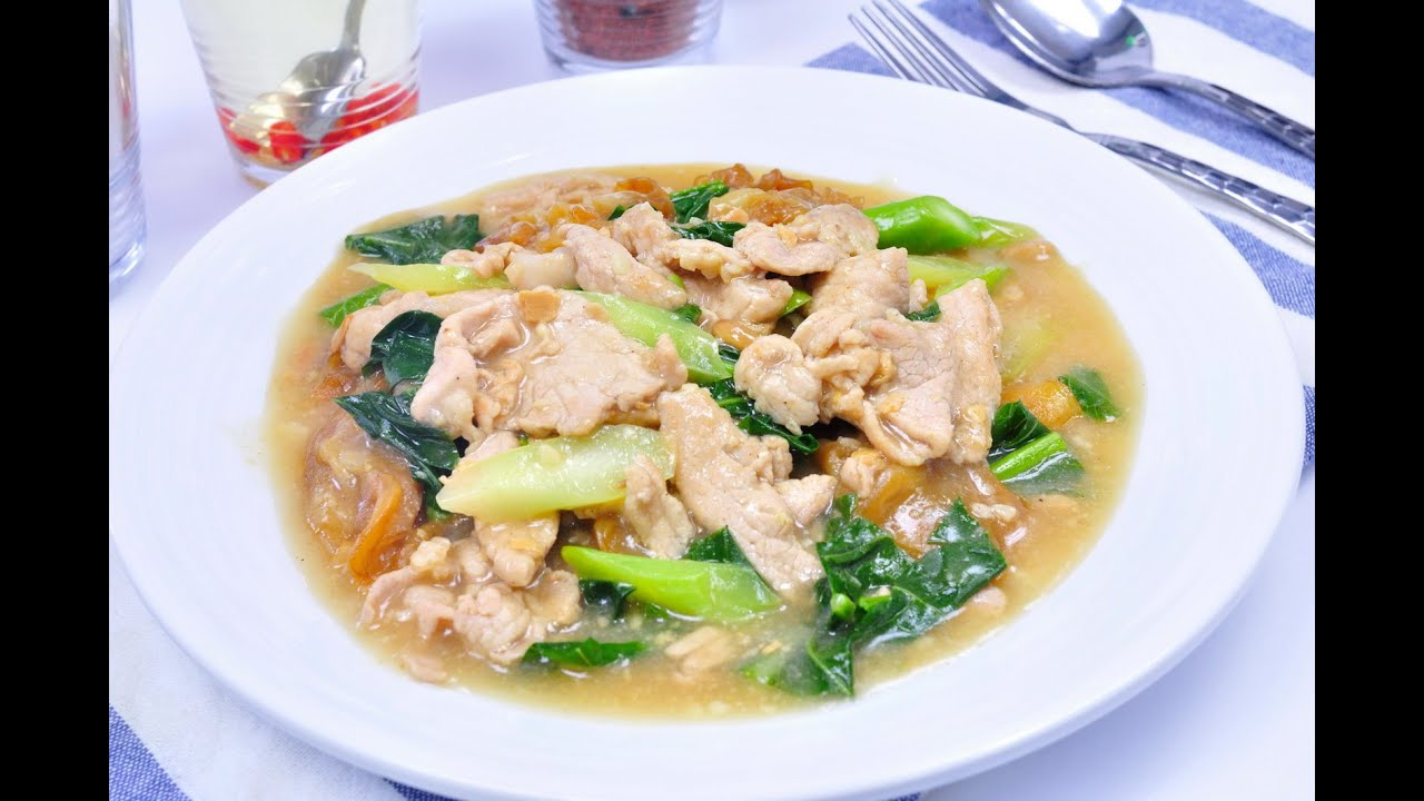 Noodles in Thick Gravy - Rad Na Moo (ราดหน้าหมู ...