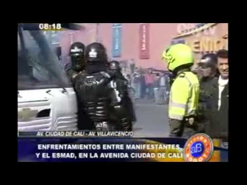 Arriba Bogotá: Enfrentamientos entre manifestantes y el ESMAD en Av. Ciudad de Cali