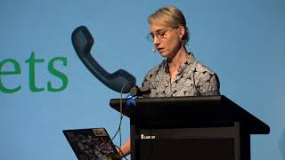 Suz Hinton - I'm afraid your browser has been talking to the robots again   a gentle intro to WebUSB
