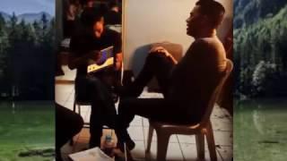 download lagu Ariel Noah Bernyanyi Diiringi Dengan Aplikasi Gitar - Andaikan gratis