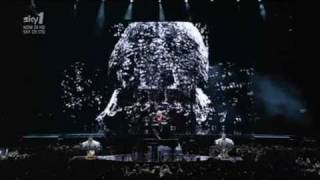 Madonna Video - Madonna - Devil Wouldn't Recognize You (Sticky & Sweet Tour in Buenos Aires)