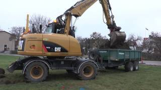 CAT M313D excavator lay the foundation for a park in Hemse Gotland December 2016