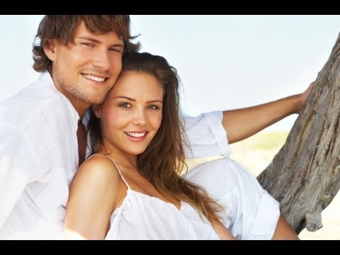 DATING YOUNGER WOMEN FOR GUYS OVER 35 | WHY YOUNG WOMEN LOVE OLDER MEN!