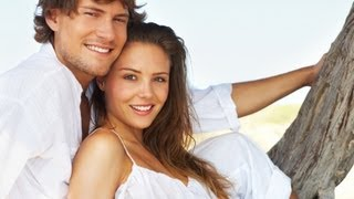 DATING YOUNGER WOMEN FOR GUYS OVER 35   WHY YOUNG WOMEN LOVE OLDER MEN!