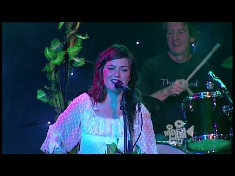 Angus & Julia Stone - Private Lawns (Live in Sydney)   Moshcam