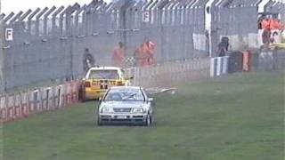 Craig Inskip wins while crashing VW Cup at Donington 2005