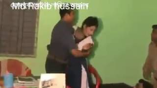 Download বাকশাল পুলিশের কান্ড দেখুন। কিভাবে বাবার সামনে রেপ করছে কুত্তালীগ। 3Gp Mp4