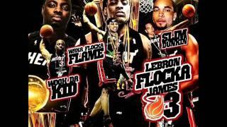 Watch Waka Flocka Flame Swish video