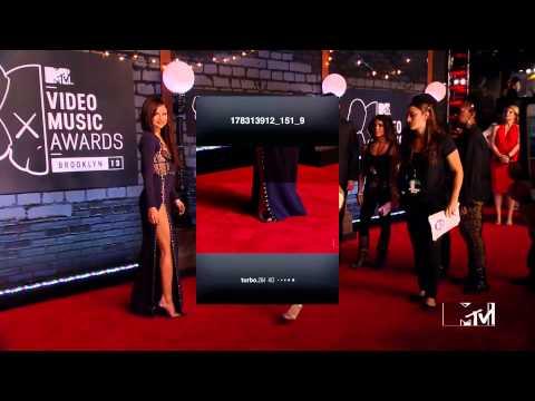 Selena Gomez at 2013 MTV Video Music Awards - Red Carpet ... thumbnail