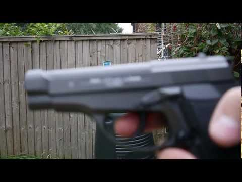 M84 .177 cal 4.5mm CO2 AirSoft Pistol testing