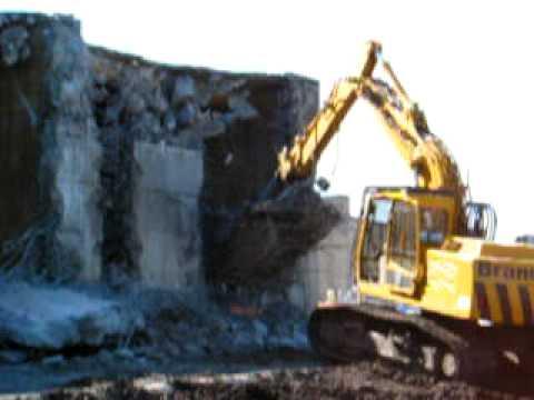 reinforced concrete buildings. reinforced concrete walls