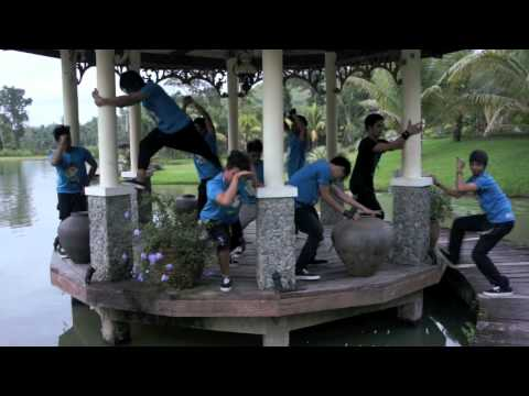 Tacloban BUDOTS Version by Zero Gravity with the Lucky Twins Music Videos