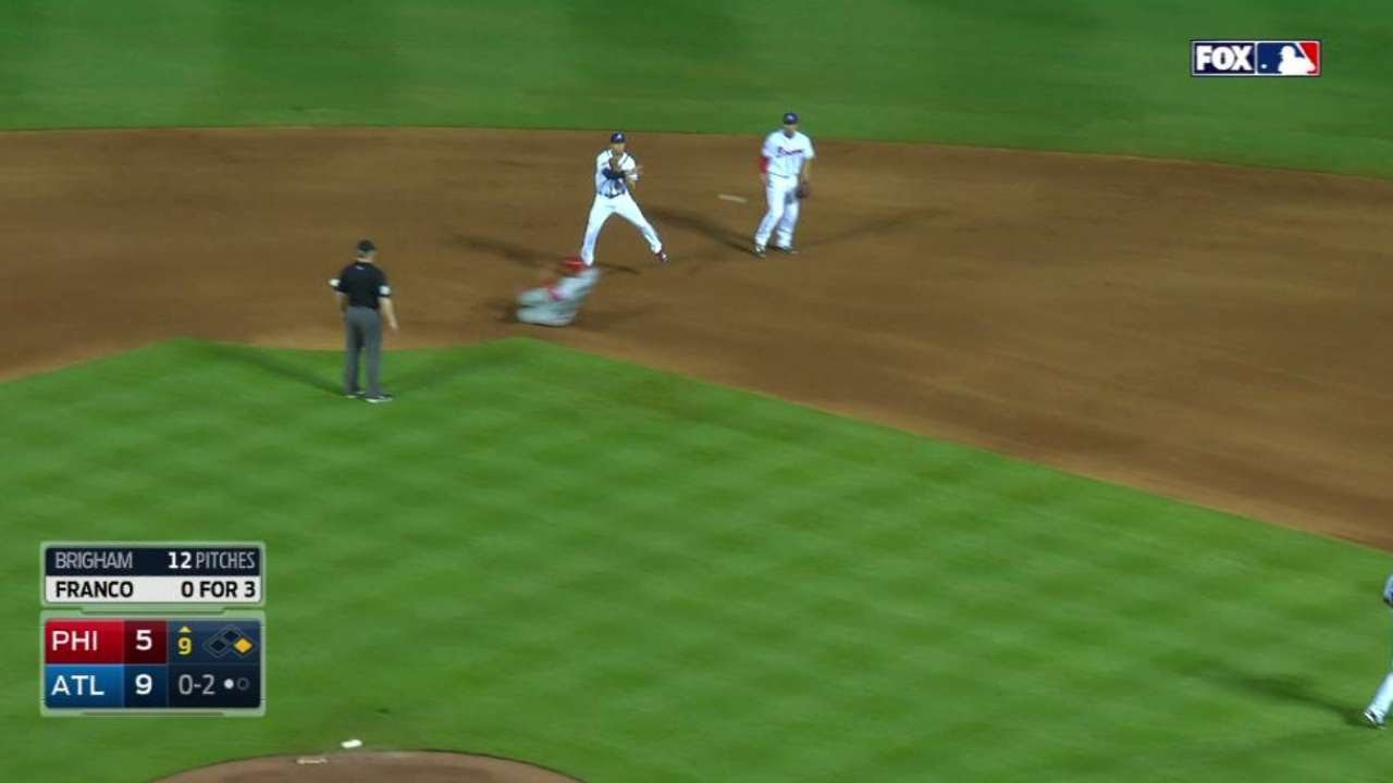 PHI@ATL: Peterson starts double play to end the game