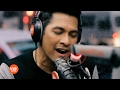 Gary Valenciano performs I Will Be Here / Warrior is a Child LIVE on Wish 107.5 Bus
