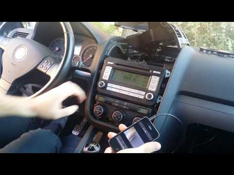How to install AUX cable on Golf V