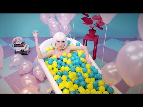 冼佩瑾(Celeste Syn) - 控制狂 Control Freak