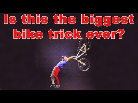 Ethen Godfrey-Roberts faz o primeiro Superman Doble Backflip em Mountain Bike