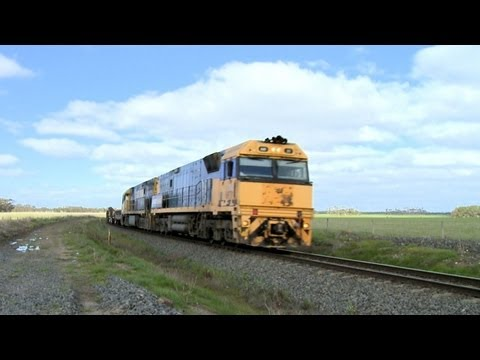 Pacific National Steel Train Near Berrybank - PoathTV Australian Railways, Railroads & Trains