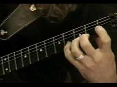 Kiko Loureiro guitar lesson (part of it)